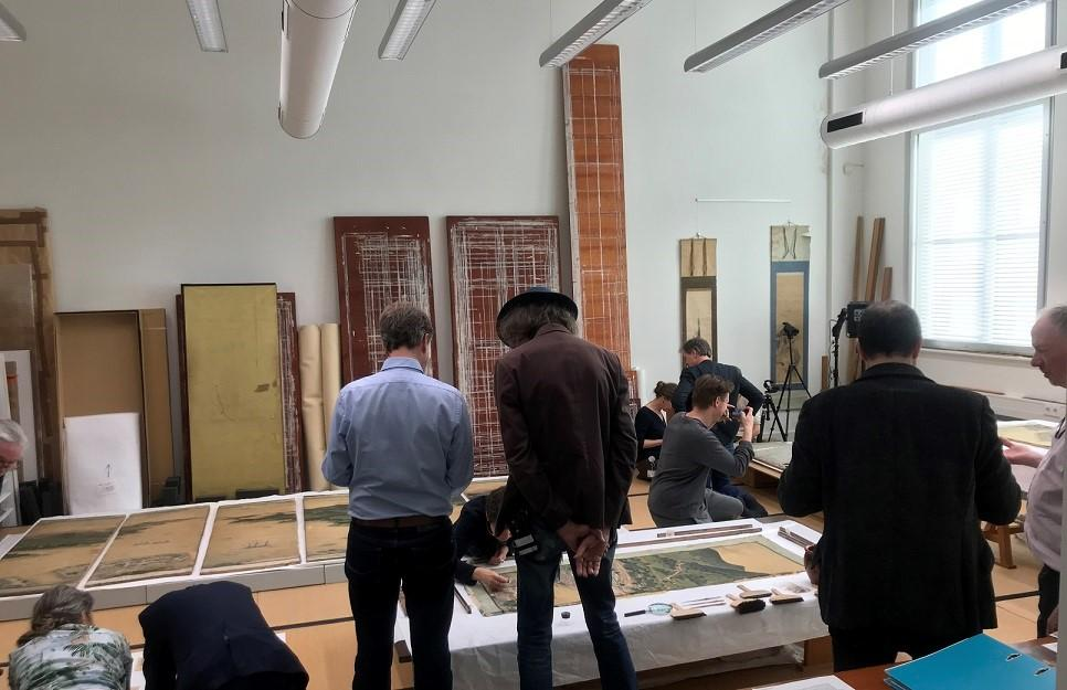 Experts in restoration, conservation, and Japanese art at the Restorient conservation studio